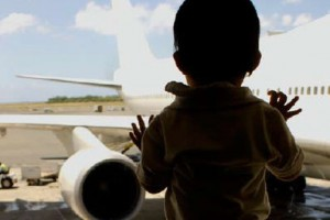 "I purposely linked to this image from blog post ""2-year-old-kicked-off-flight-for-tantrum-is-flying-anti-kid/"""